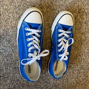 CONVERSE CHUCK TAYLOR'S BLUE SNEAKERS